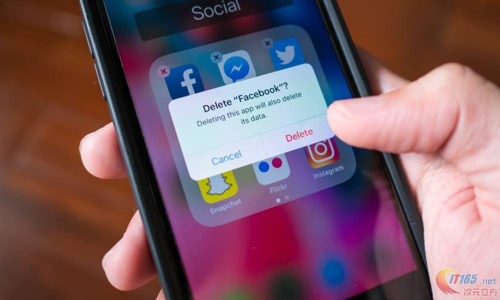 今日不少苹果员工打算其删除Facebook账户